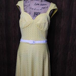 Pin up Bettie Page Yellow swing dress
